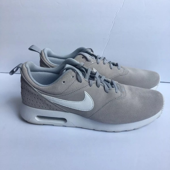 Nike Air Max Tavas Leather @SIDESTEP | Shoes | Chaussures